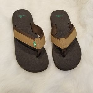SANUK yoga mat sandals men's 11